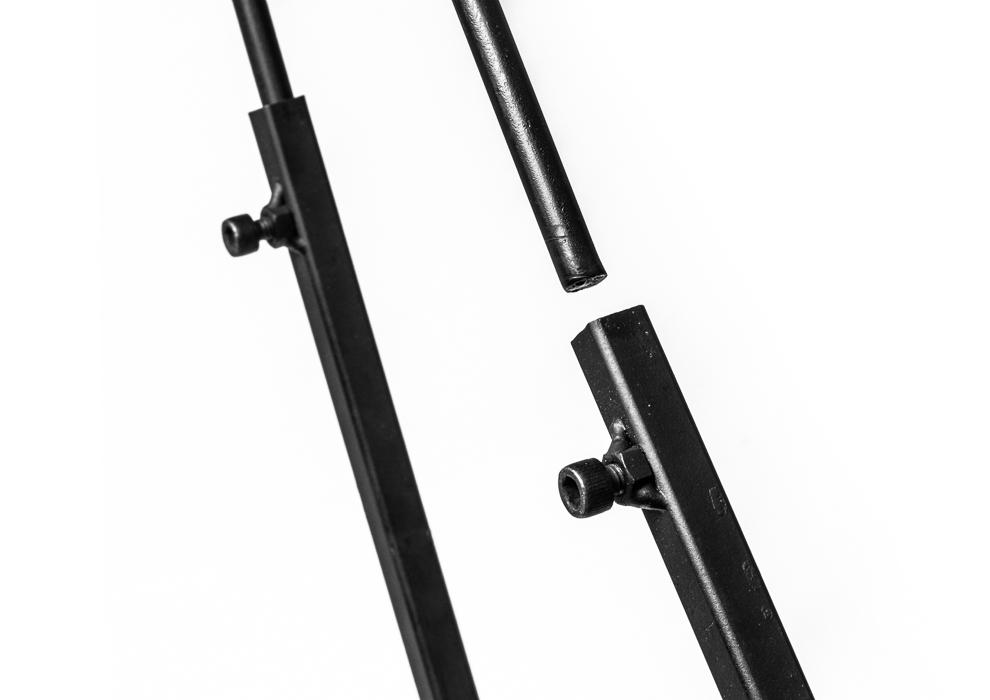 montaggio prolunghe per le gambe della fornacella
